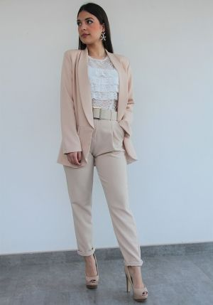 blazer lisa color beige con bolsillos ceres